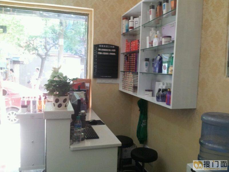 美发店装修复古设计图展示图片